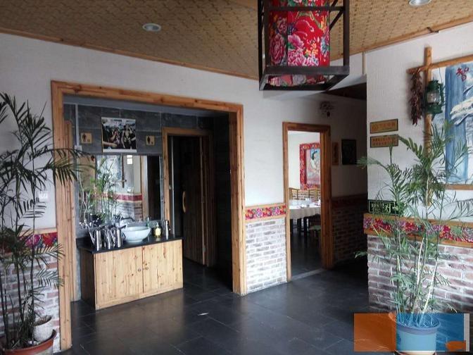 奎文区樱园小区附近大型优质饭店转让