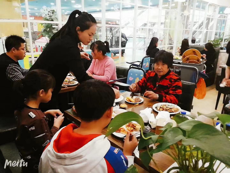 (快租免费寻址)青州泰华城品牌加盟自助餐整体转让